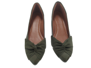 Sapatilha verde verniz com detalhe verde nobuk