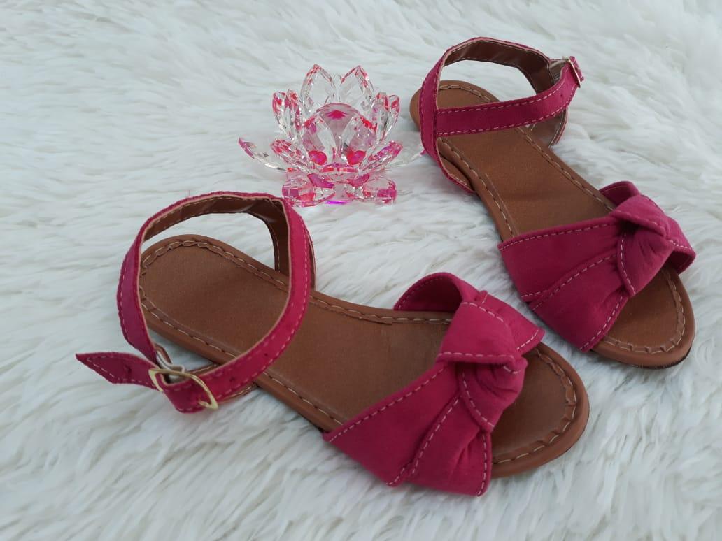 Sandália infantil rosa nobuk