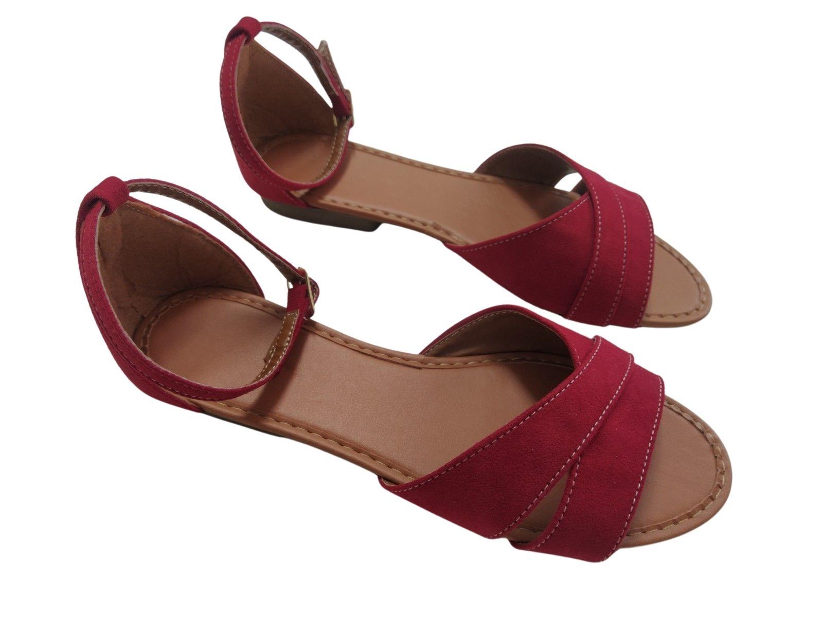 Sandália vermelho nobuk com tiras entrelaçadas