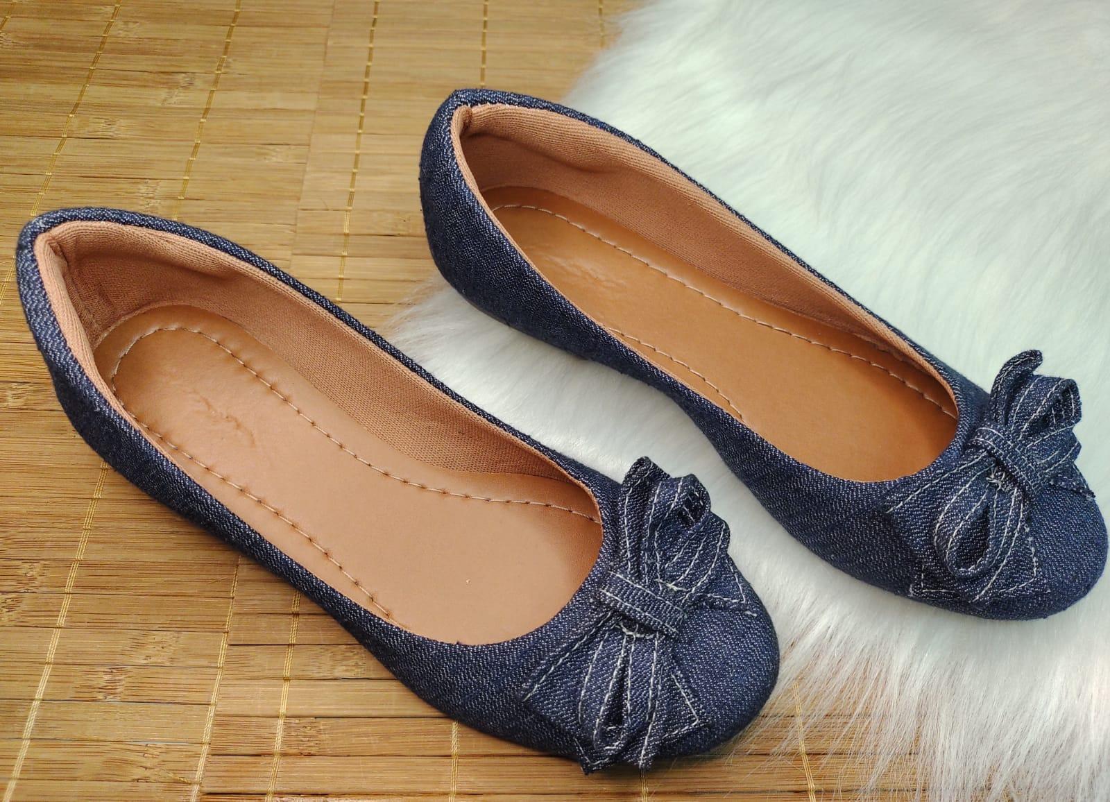 Sapatilha Jeans - Bico Redondo - Com Laço do Mesmo Material