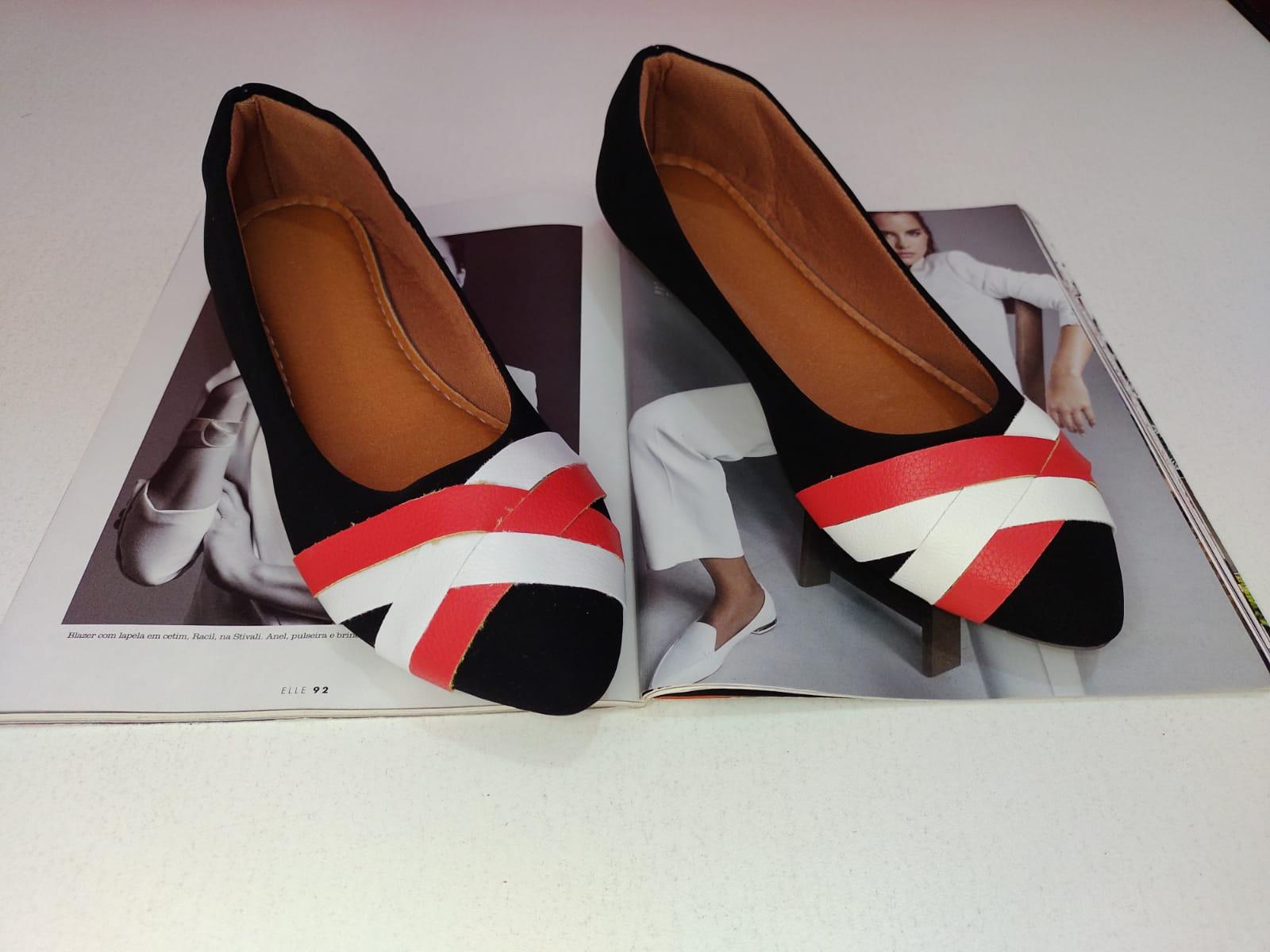 Sapatilha Preta Nobuk - Tiras entrelaçadas Branca e Vermelha Fosca