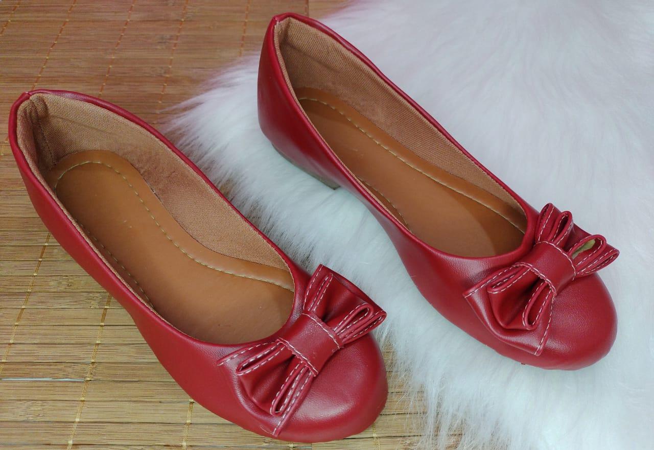Sapatilha Vermelha Fosca- Bico redondo laço mesmo material
