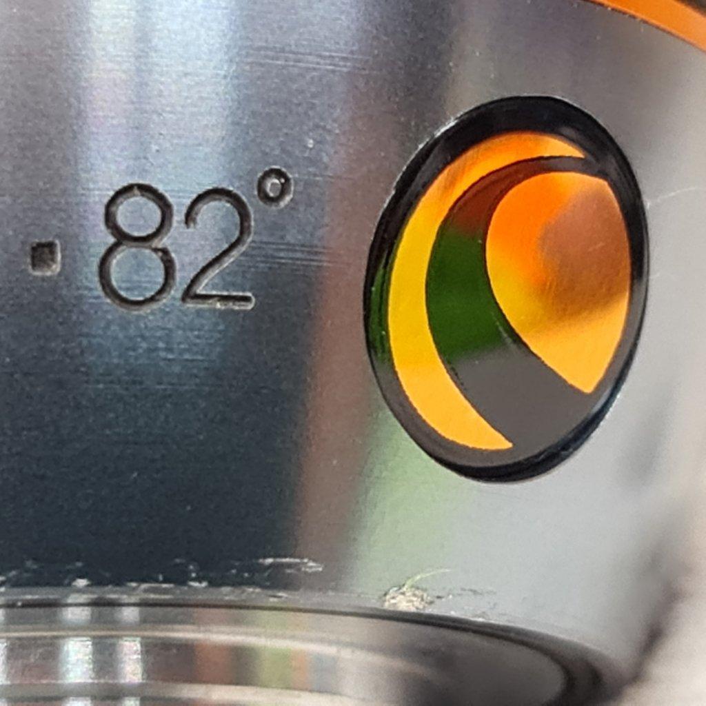 """Ocular 15mm - 1,25""""  82º de Campo AFOV - Modelo Luminos CELESTRON"""