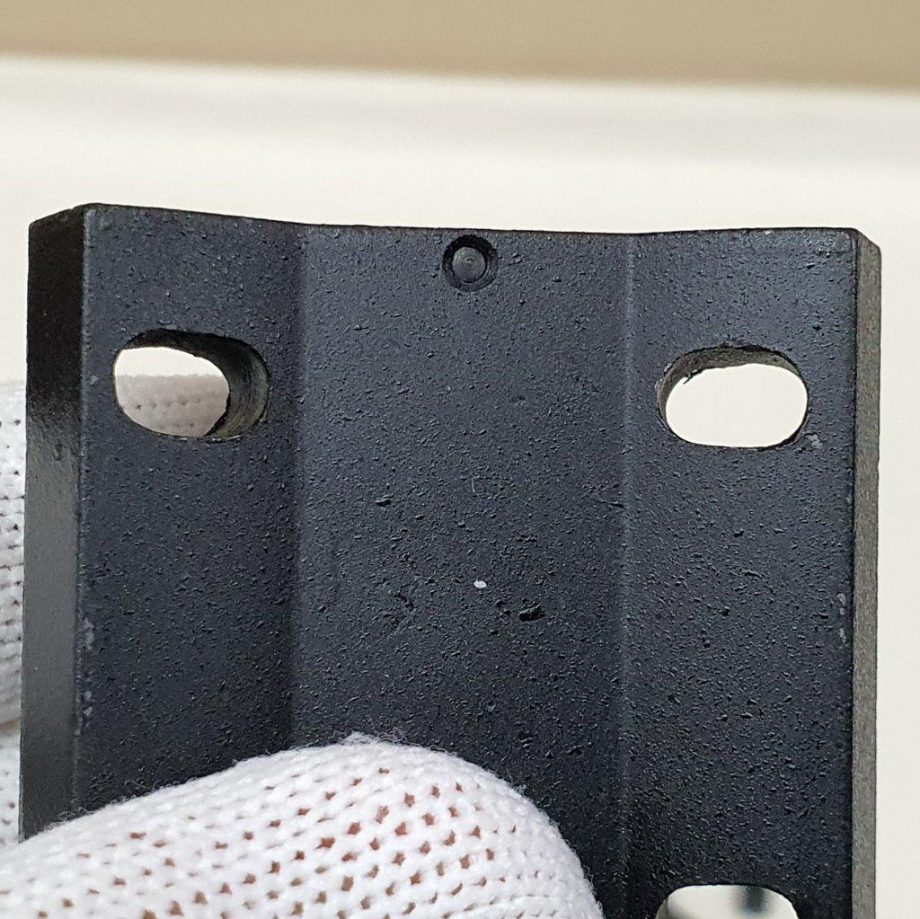 Sapata de 4 Furos - Padrão Trilho - 100% metal - MEADE
