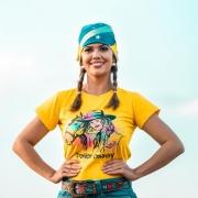 T-SHIRT FEMININA POWER COUNTRY AMARELA MULHER E CAVALO