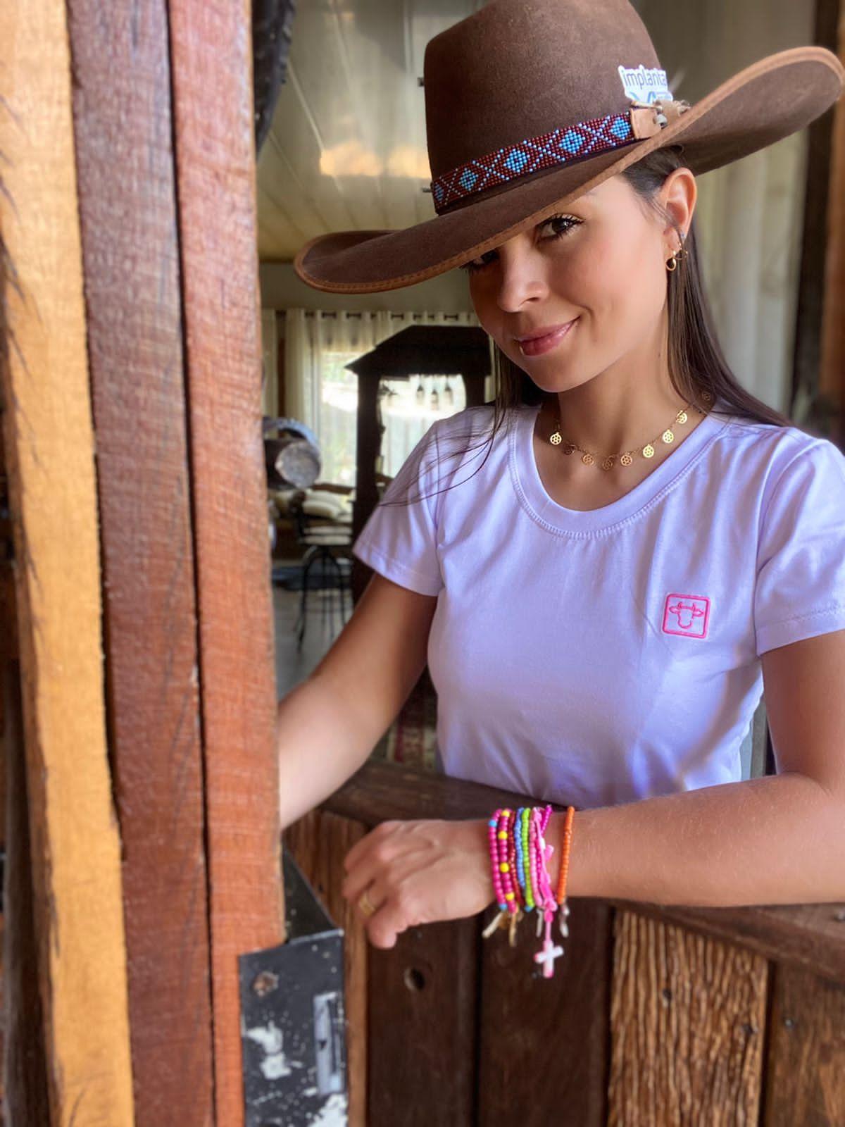 T-SHIRT FEMININA POWER COUNTRY BRANCA BASICA
