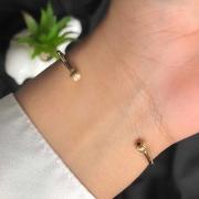 Bracelete Semijóia Com Lacinho Vazado Tamanho Regulável Folheado A Ouro 18k