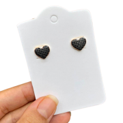 Brinco Semijoia Coração com Aplicações de Micro Zircônias Pretas Folheado a Ouro 18k