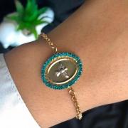 Pulseira Semijoia Com Pingente Mandala Pássaro Com Detalhes Em Cristal Verde Acqua Folheado A Ouro 18k