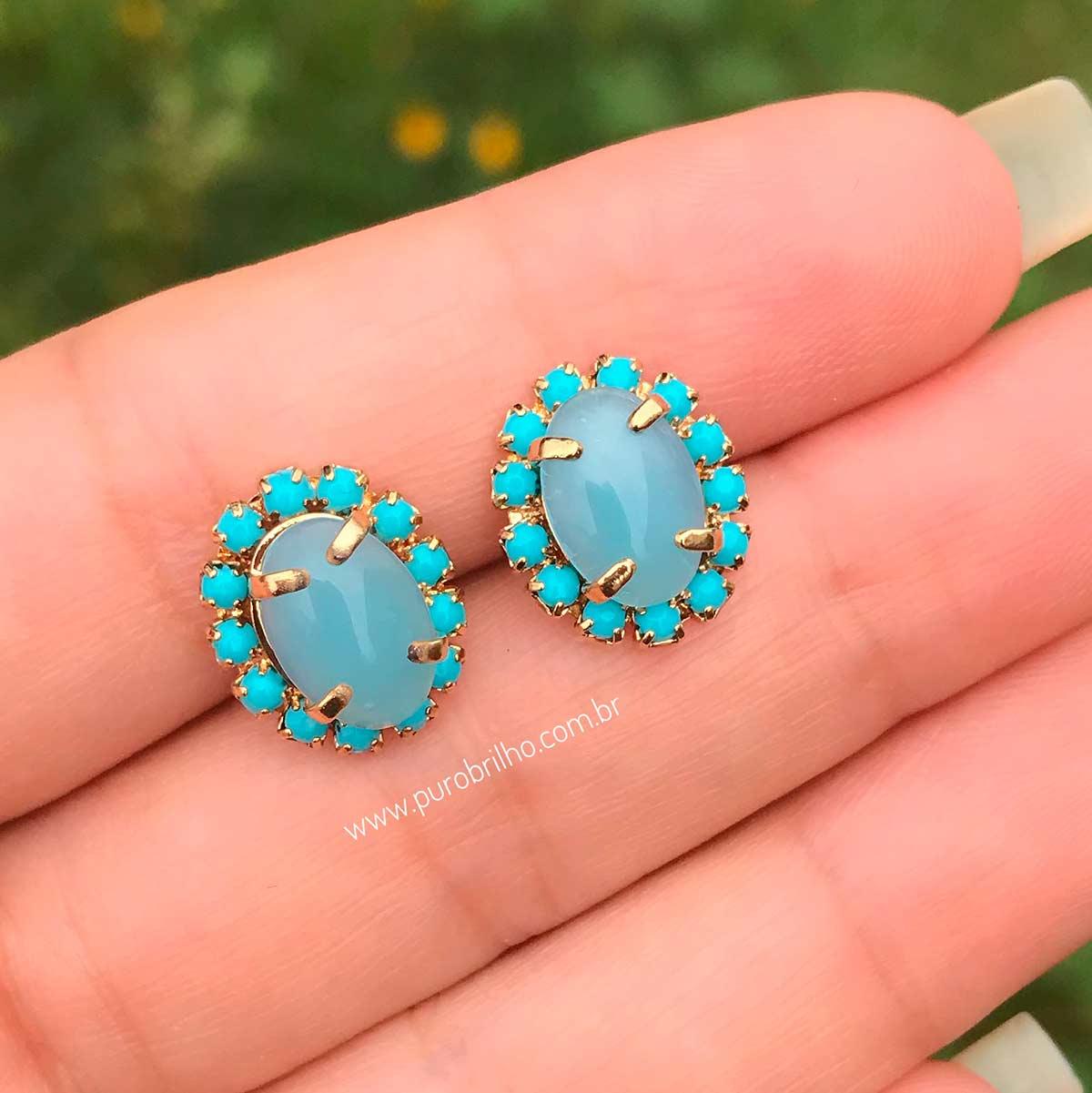 Brinco Semijoia com Pedra Zircônia e Bordas em Pedras Azul Folheado a Ouro 18K