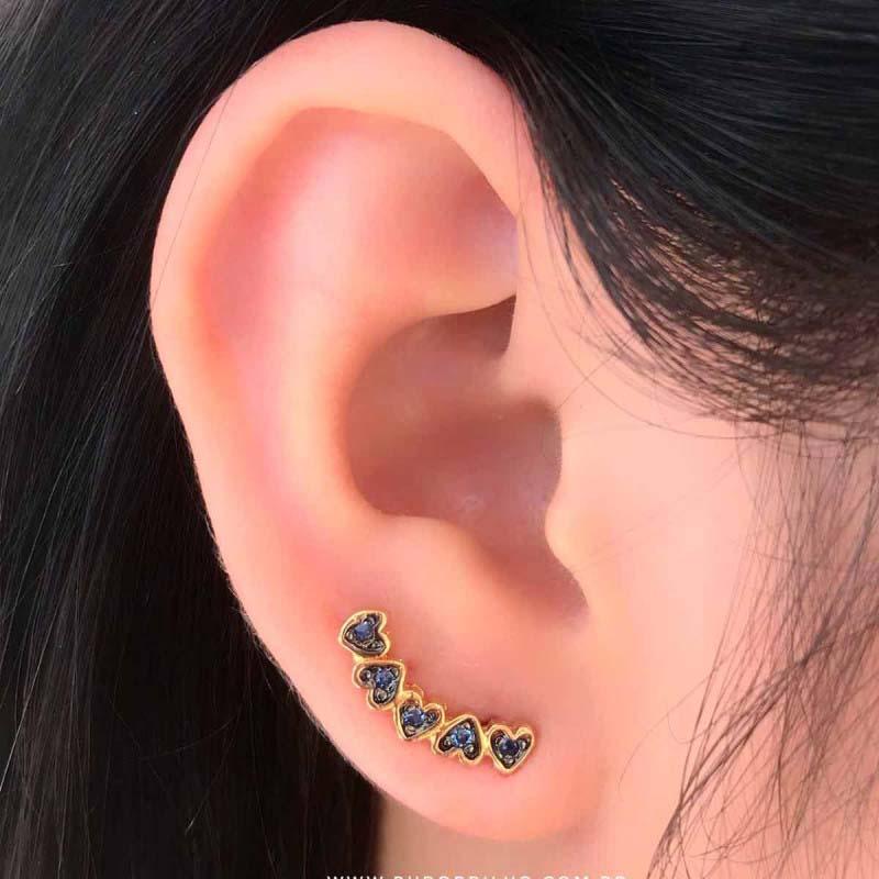 Brinco Semijoia Corações Estilo Ear Cuff Folheado A Ouro 18k