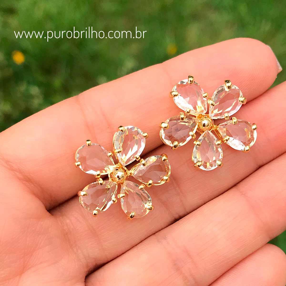 Brinco Semijoia Flor com Zircônia Branca Folheado a Ouro 18K