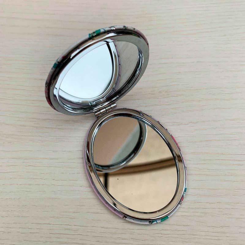 Espelho Duplo De Bolsa Formato Oval Tema Gatinho