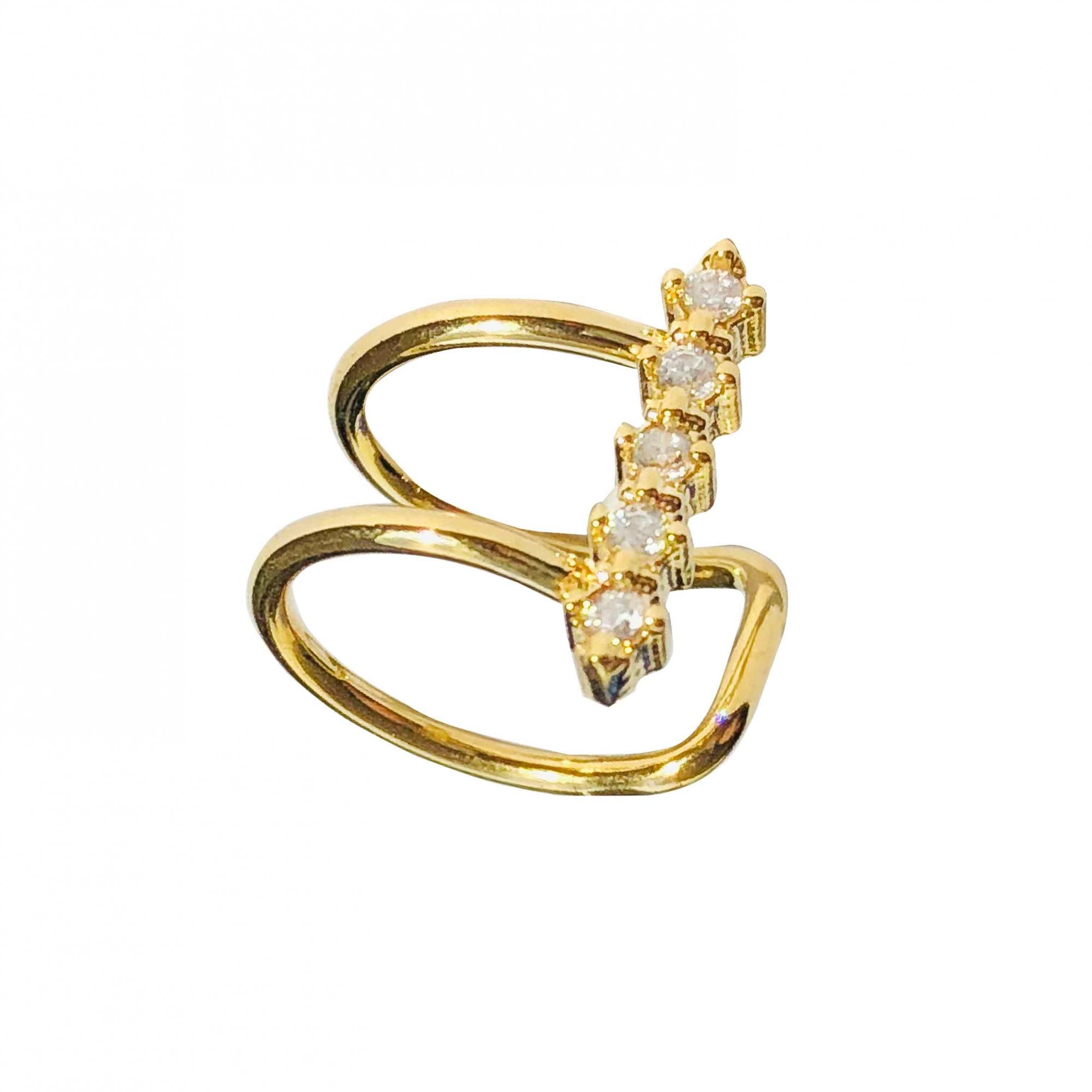 Piercing de pressão cravejado em cristais folheado em ouro 18k