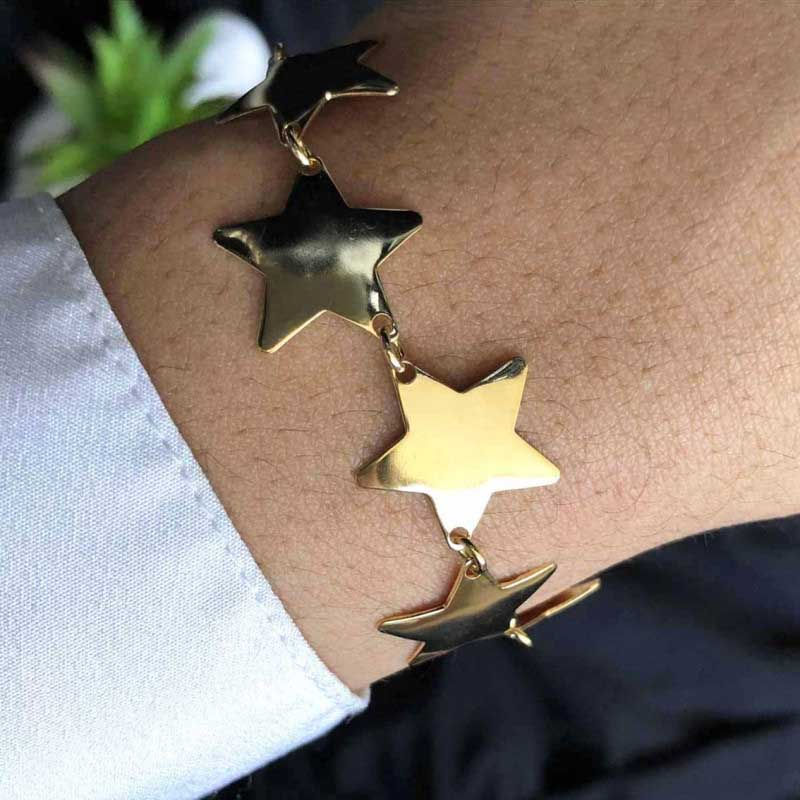 Pulseira Semijoia Com Estrelas E Fecho Regulável Folheada A Ouro 18k
