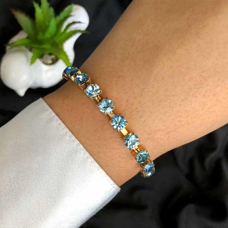 Pulseira Semijoia Com Pedras Em Cristal Azul Claro E Fecho Extensor Folheada A Ouro 18k