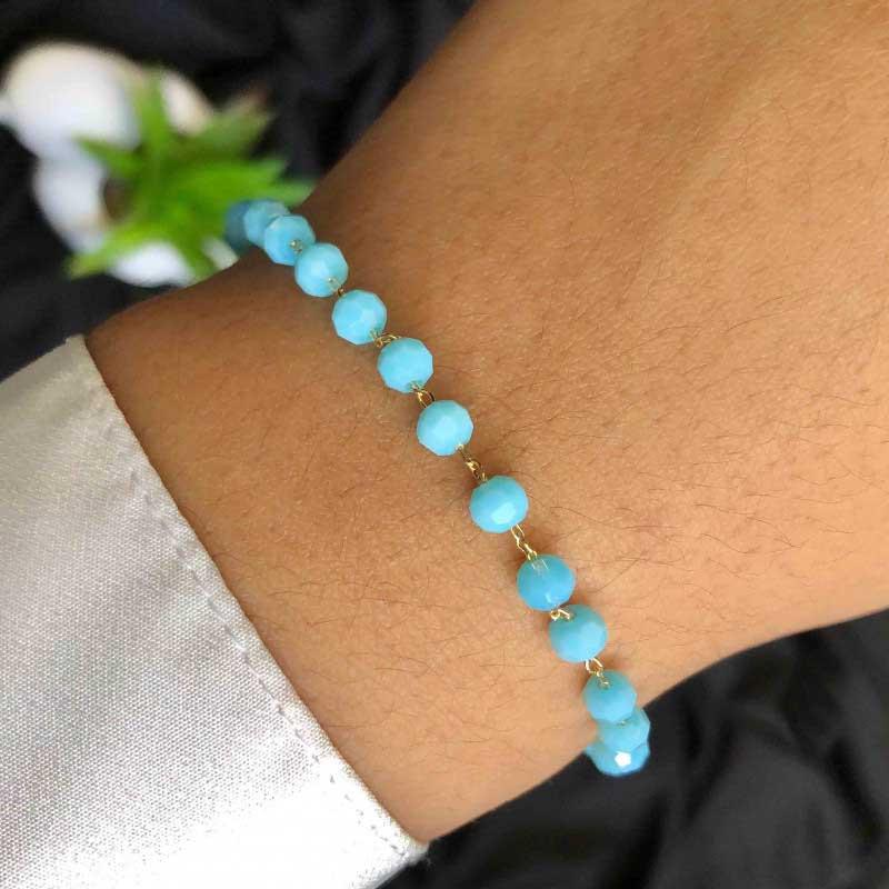 Pulseira Semijoia Com Pequenas Pedras Azul Turquesa Folheada A Ouro 18k