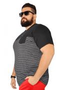 Camiseta Listrada Moline Recorte Peito Plus Size - Promoção