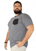 Camiseta Masculina Listrada com Bolso XXPlusSize