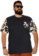 Camiseta Masculina Manga e Bolso Floral Plus Size