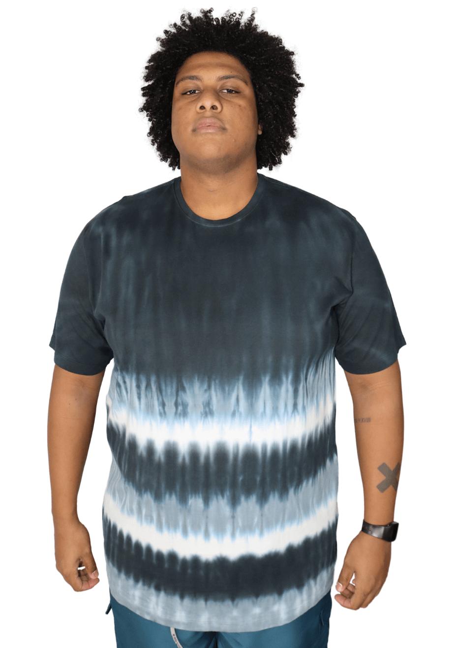 Camiseta Tie Dye Listras Corrosão Plus Size - Promoção