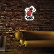 Luminoso Miami Heat
