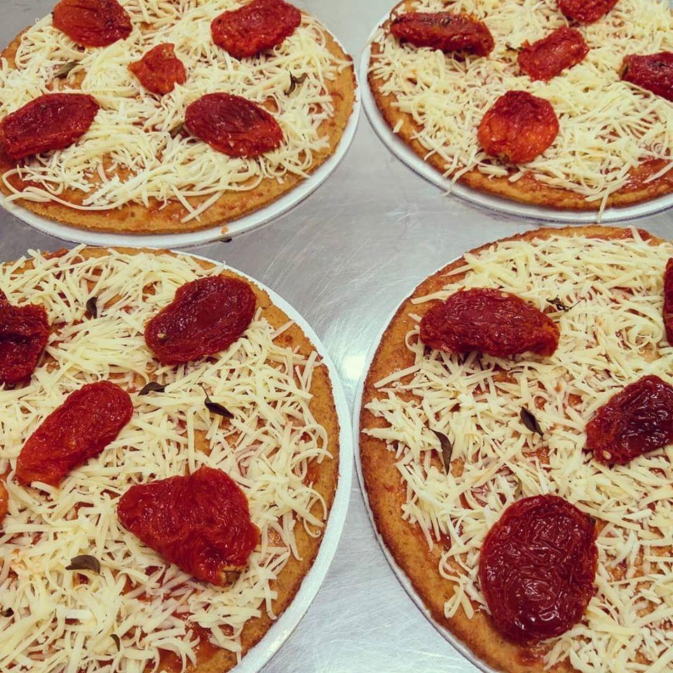 Mini Pizza De Tomate Seco - Cwb Maromba