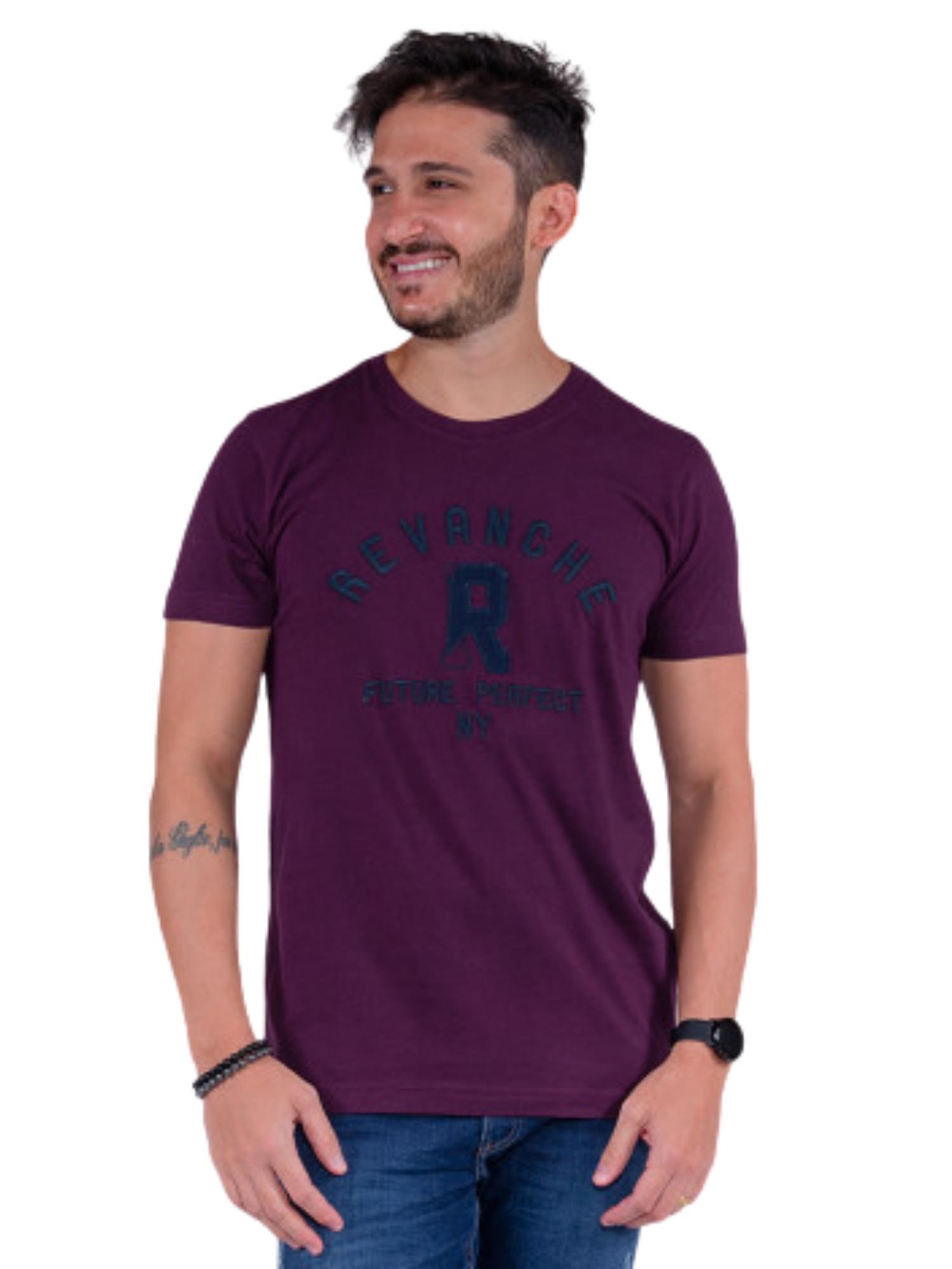 Camiseta Masculina Bordada Revanche  113470