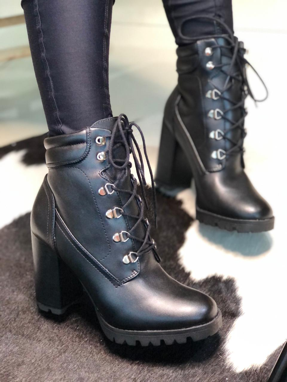 ANKLE BOOT 0787