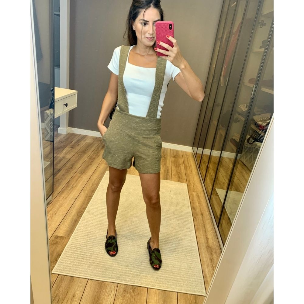 Jardineira Shorts