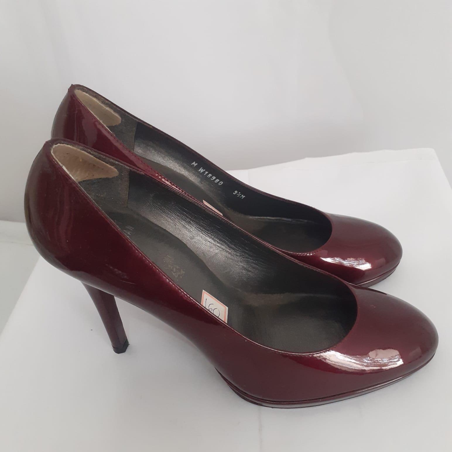 """Sapato """"Stuart Weitzman"""""""