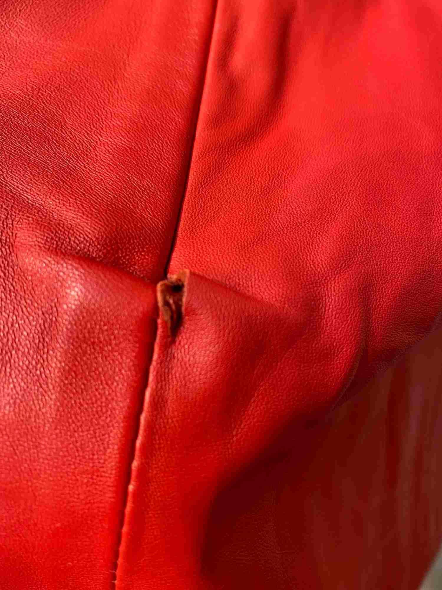 Blusa Animale Couro Vermelho