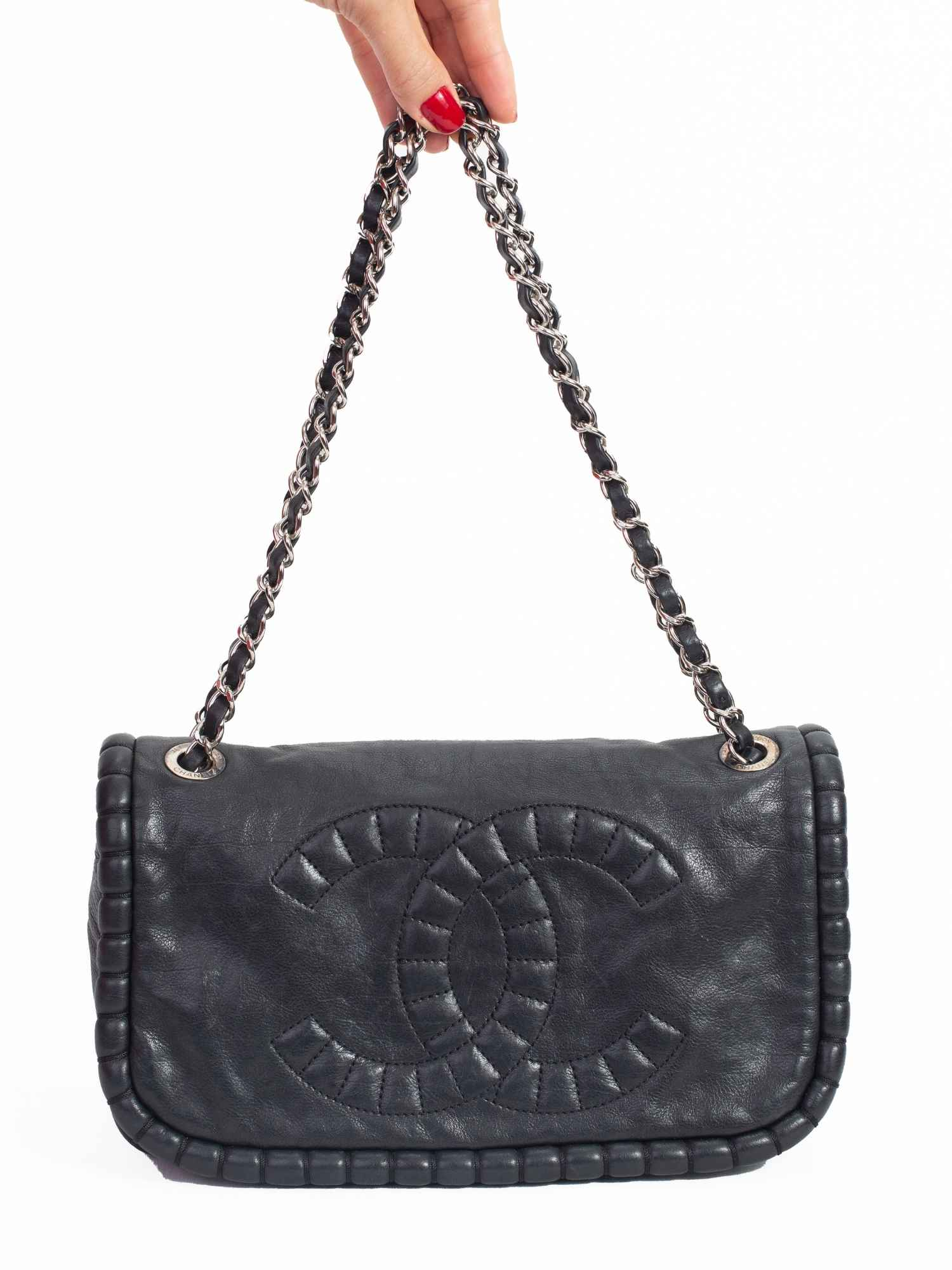 Bolsa Chanel Classic Flap Preta