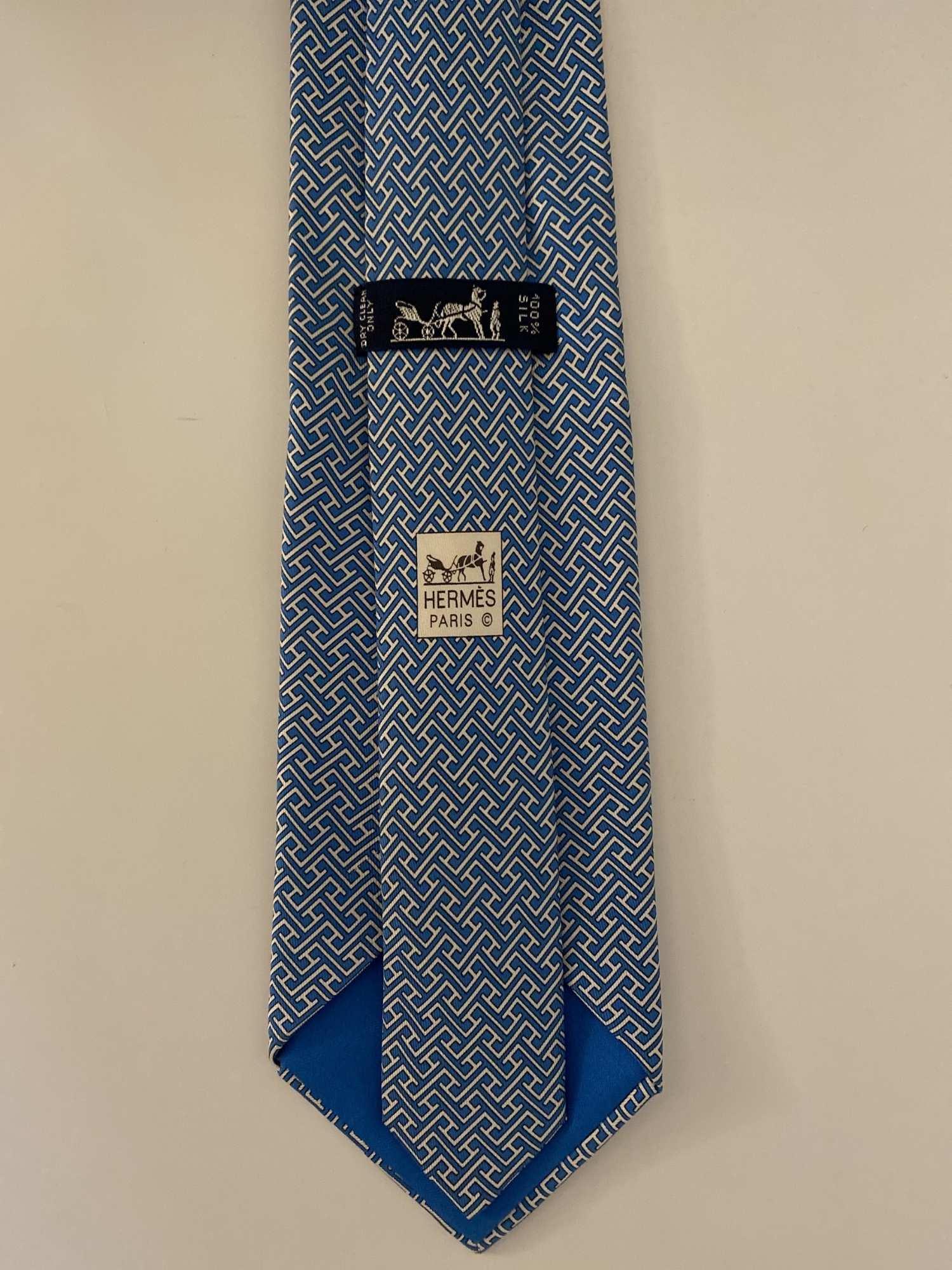 Gravata Hermès Azul e Branca