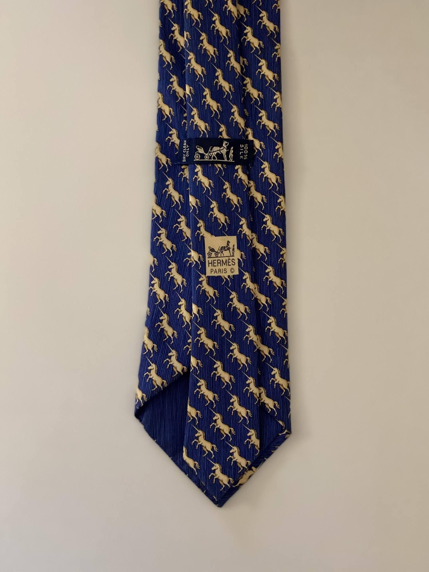Gravata Hermès Azul e Cavalo