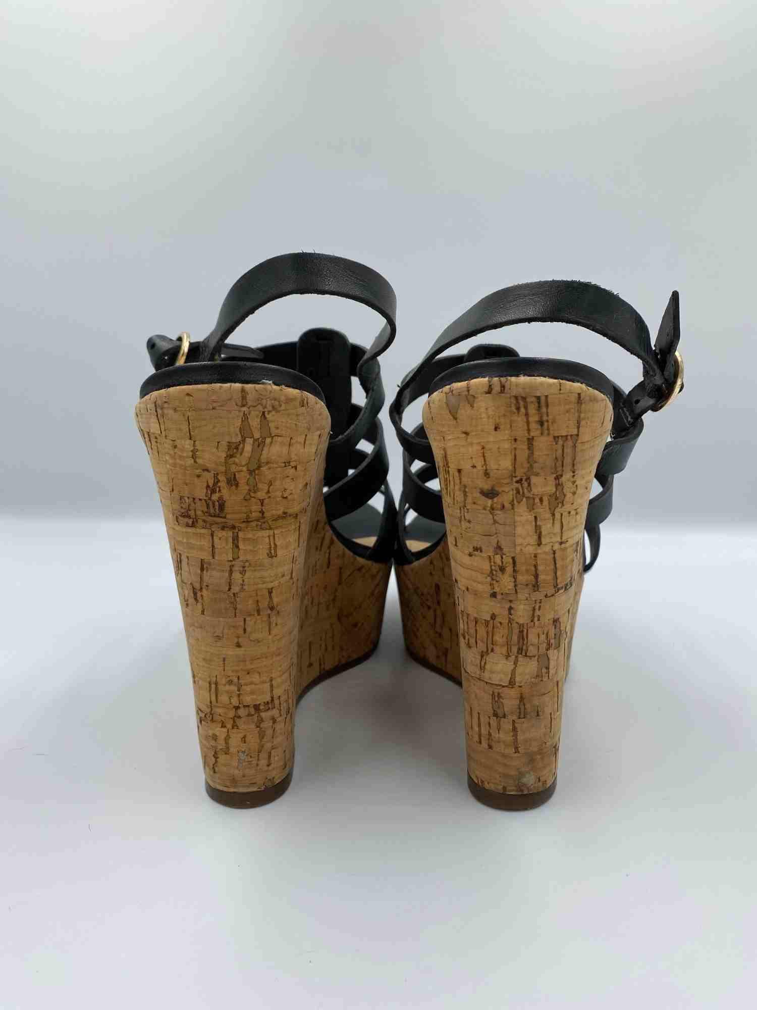 Sapato Schutz Anabela Preto