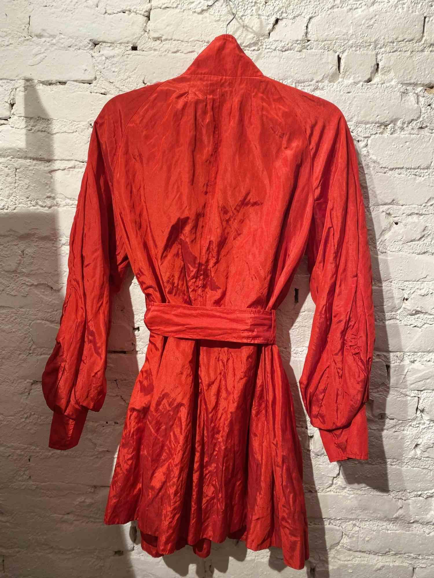 Trench Coat Armani Exchange Metalizado Vermelho