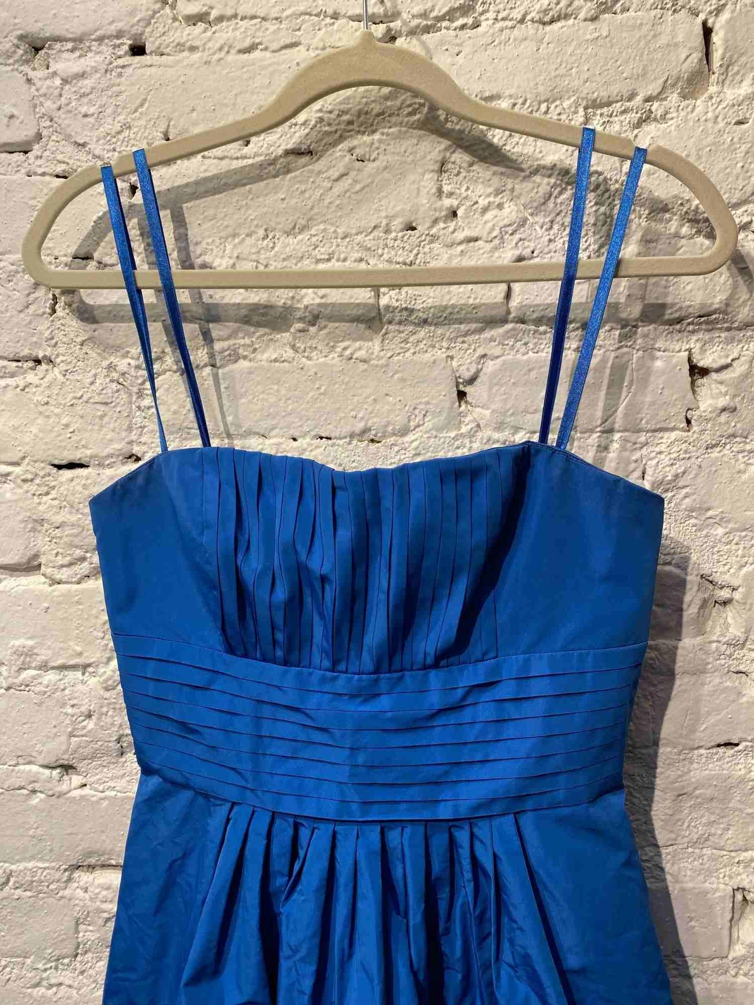 Vestido BCBG Festa Azul