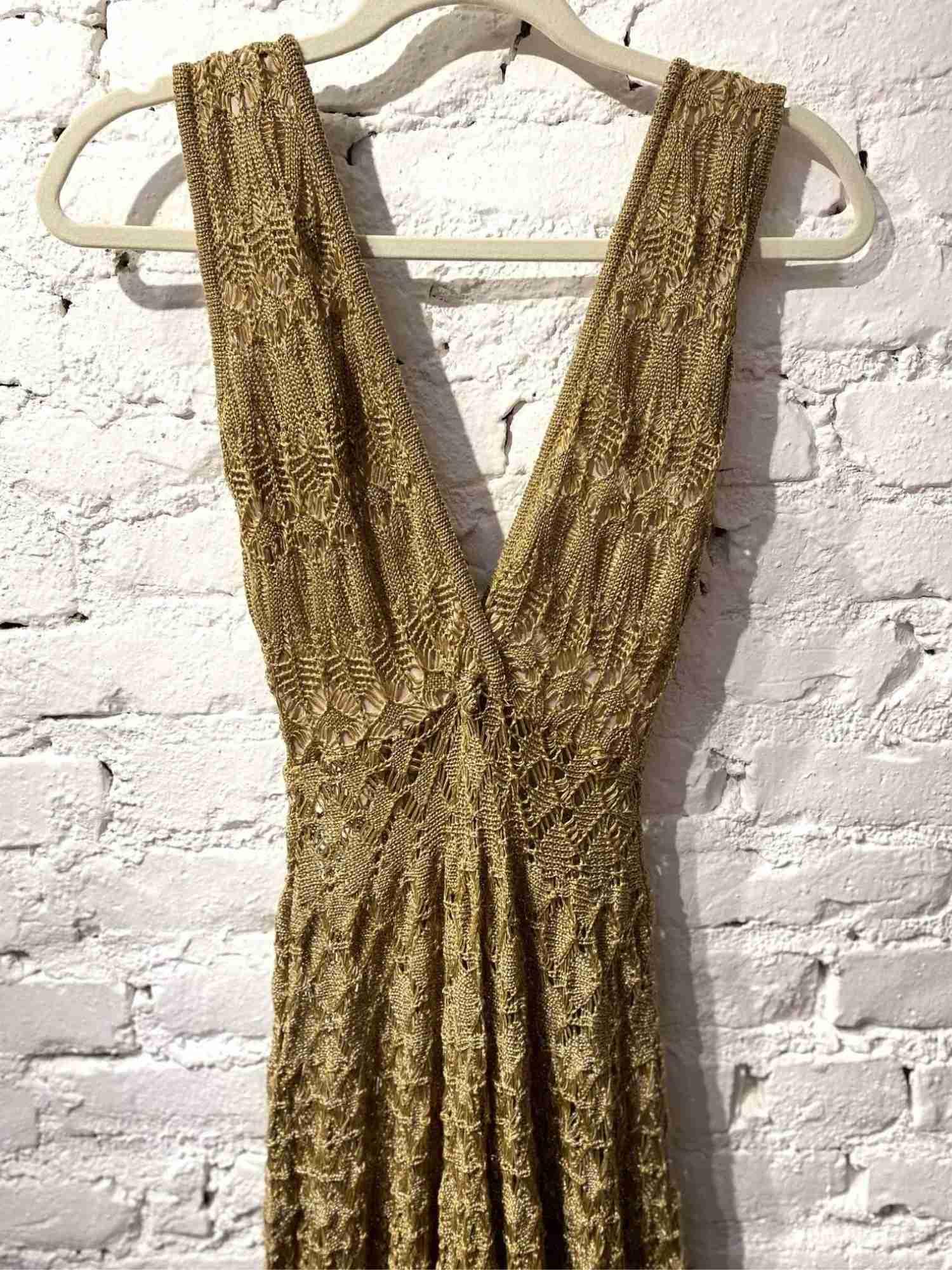 Vestido Galeria Tricot Dourado