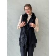 Colete preto em lã com pelagem