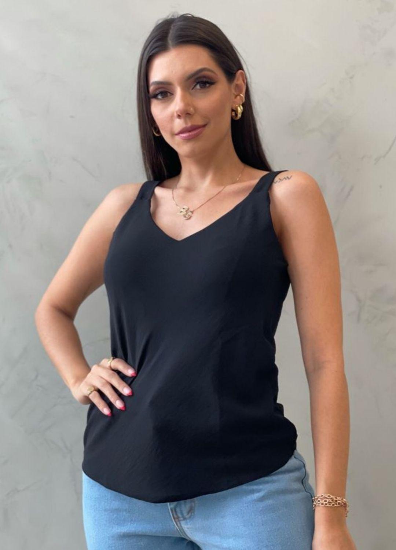 Blusa de crepe decote v preta