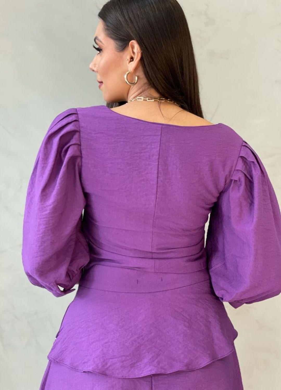 Blusa de crepe roxa