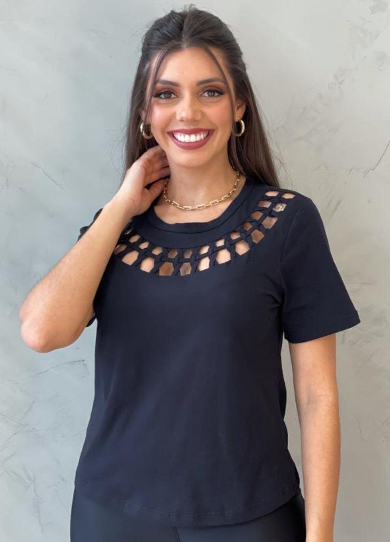 Blusa de Malha vazada preta