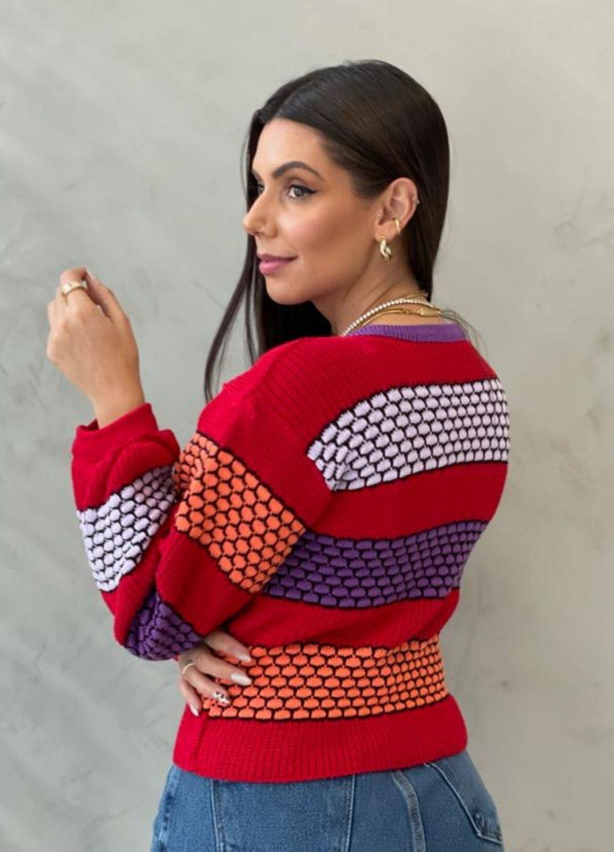 Blusa de Tricot Escamas Coloridas, modelo 2