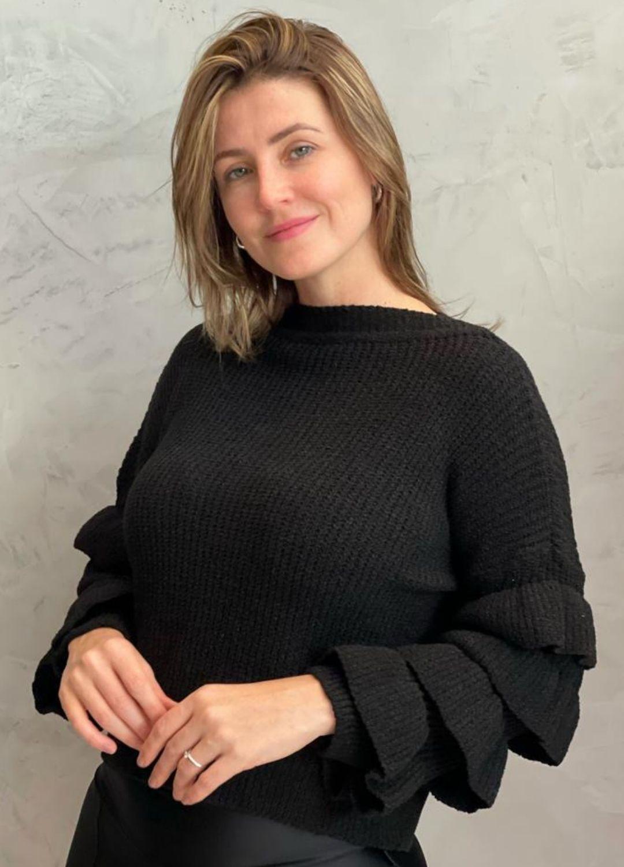 Blusa de tricot Preta com manga de babados