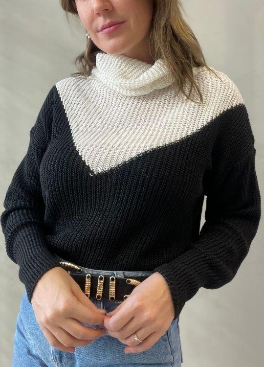 Blusa de tricot Preto com recorte branco