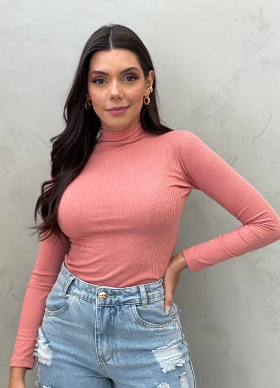 Blusa canelada rosa queimado
