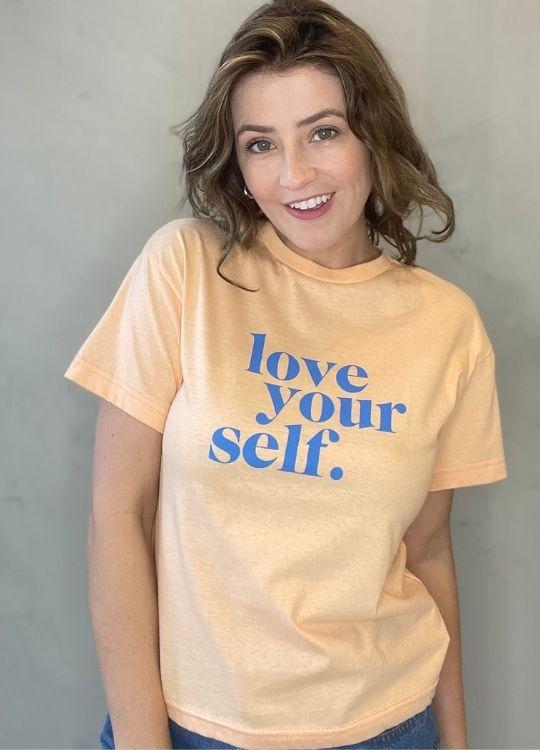Camiseta de Algodão Love laranja
