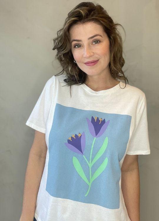 Camiseta de Algodão Tulipa