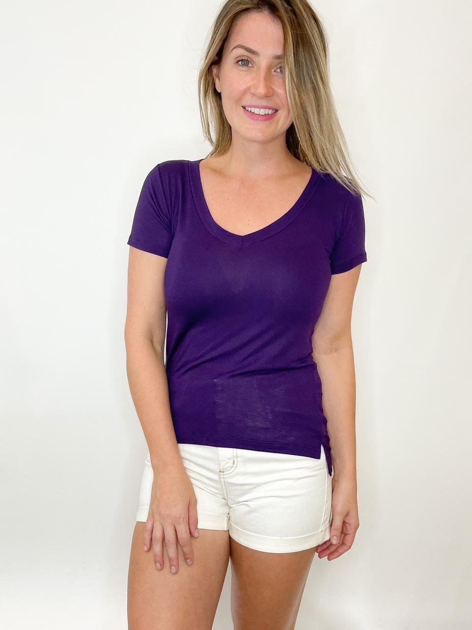Camiseta Podrinha roxa escura